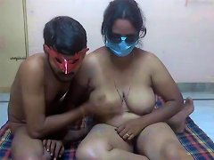 Desi Threesome On Cam Free Indian Porn Video 92 Xhamster