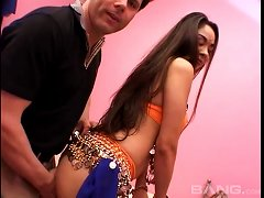 An Amateur Indian Girl Gets Her Freak On With A Lucky Guy