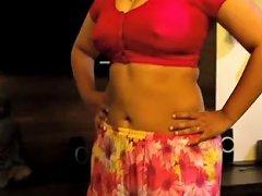 Indian Bhabhi Erotic Blowjob And Cum On Boobs