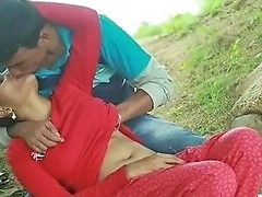 Desi Indian Girl Romantic Sex In The Outdoor Jungle Teen99 124 Redtube Free Hd Porn